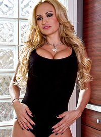 Claudia Valentine