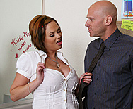 Smokin in the Girls Room - Katie Kox - 1