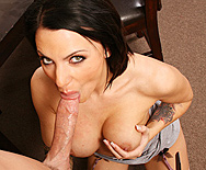 A Bribe From The Boss - Juelz Ventura - 2