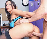 Hot Porn Star Fucks At  A Sex Shop - Rachel Starr - 3