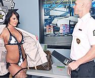 Airport Secur-Titty - Savannah Stern - 1