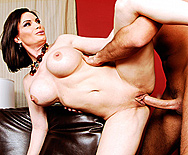 Helping with the Chores - Diamond Foxxx - 3