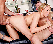 Welcoming Your Cock To The Building - Julia Ann - 3