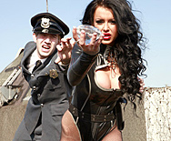 Catch A Thief - Stacey Lacey - 1