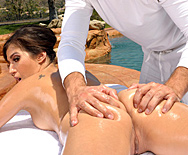 Vacation Flirtation - April O'Neil - 1