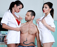 Strip Science - Aletta Ocean - Franceska Jaimes - 1