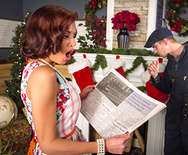 Squirting On Santa - Veronica Avluv - 1