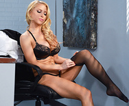 Boss Lady - Alix Lynx - 1