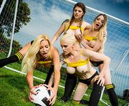 ZZ Cup: Team Tits - Tamara Grace - Lucia Love - Michelle Thorne - Mila Milan - 2