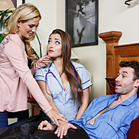 Enfermere Traviesa, Esposa Caliente
